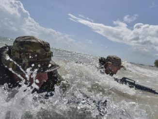 SOF in Surf (USSOCOM photo, 20170909)