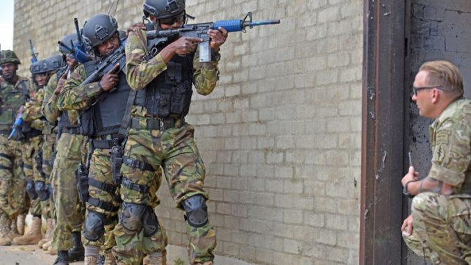 3rd SFGA Training Botswana Troops (Photo U.S. Africa Command, September 21, 2017)